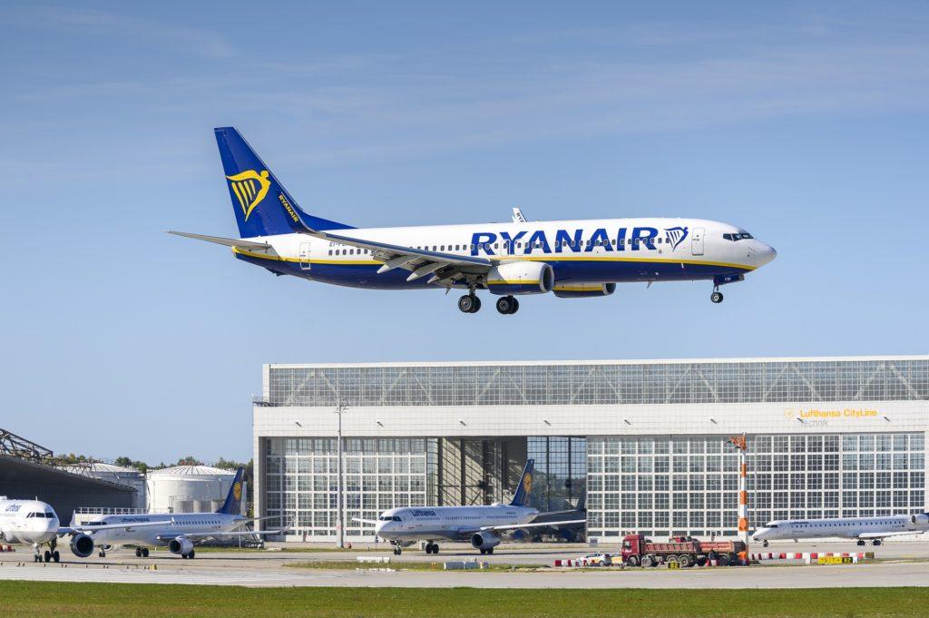 Ryanair rétablit une vingtaine de vols à l'aéroport — Bordeaux